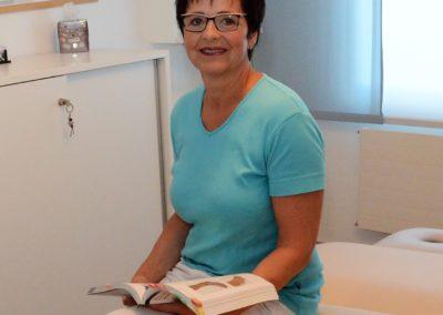 Ester Gröbli, Berufsmasseurin